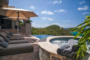 Villa Calypso Chaise Lounges And Hot Tub